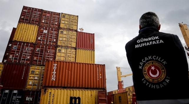 Gümrüklerde 2,1 milyar lira değerinde kaçak eşya yakalandı