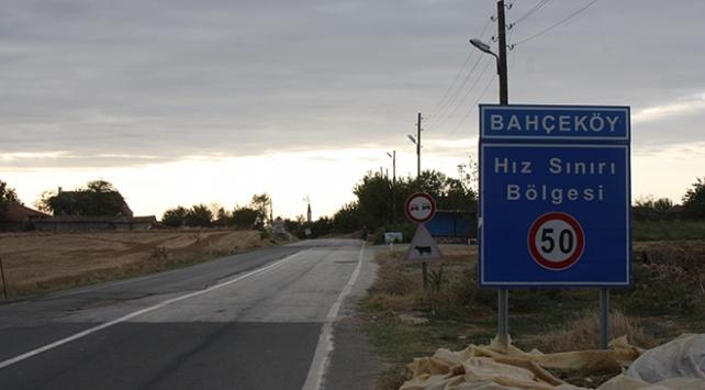 Edirnede bir köyde tedbirler artırıldı: Kıraathane, manav, restoran, cami kapatıldı