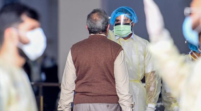 Suudi Arabistanda son 24 saatte COVID-19dan 27 kişi daha öldü