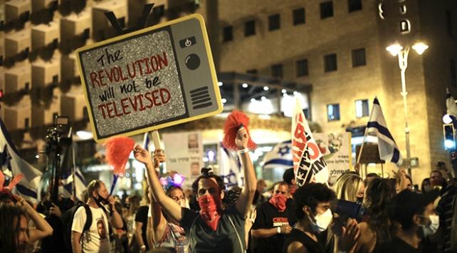 İsrailde karantinaya rağmen Netanyahu karşıtı gösteriye binlerce kişi katıldı