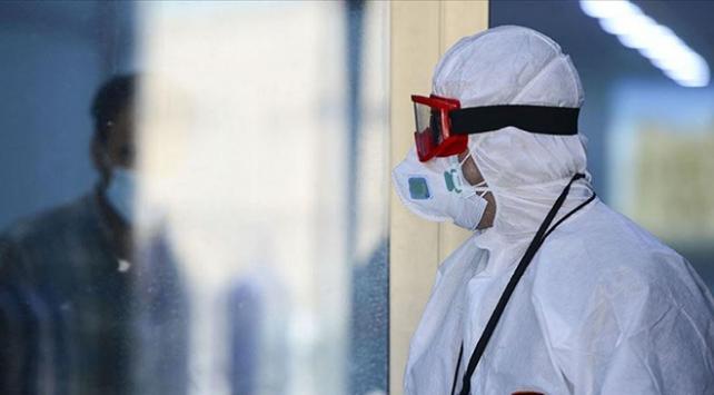 Irakta koronavirüsten can kaybı 8 bin 555e çıktı