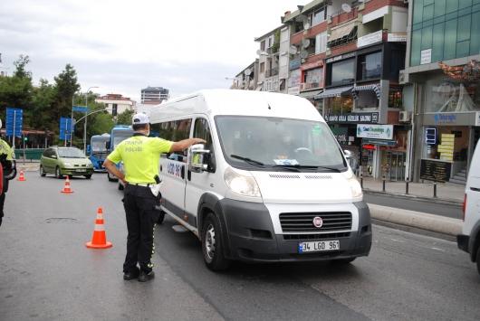 İstanbulda okul servis araçları denetlendi