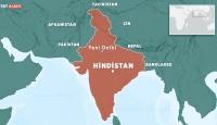Hindistan'da bina çöktü: 10 ölü