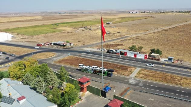 Diyarbakırda yol kontrol noktaları çift şeride çıkarıldı
