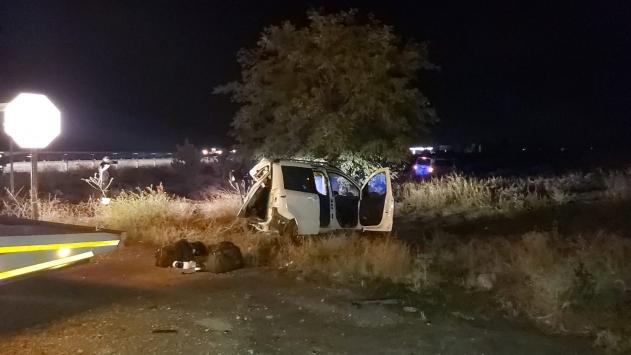 Afyonkarahisarda hafif ticari araç ile kamyonet çarpıştı: 5 yaralı