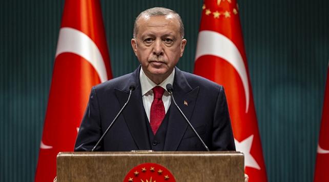 Cumhurbaşkanı Erdoğan: 65 yaş üstü vatandaşlarımızın ulaşım saatlerinde sınırlama yapılabilecektir