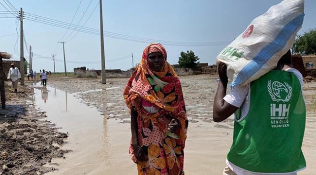 İHHdan Sudanda sel mağdurlarına destek