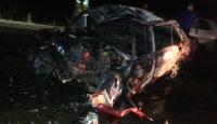 Adana'da kaza sonrası yanan otomobildeki 3 kişi hayatını kaybetti