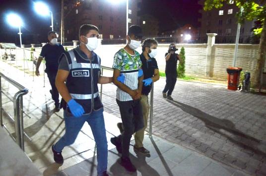 Konyada bir haftada 18 iş yerinden hırsızlık yaptığı ileri sürülen 6 zanlı yakalandı