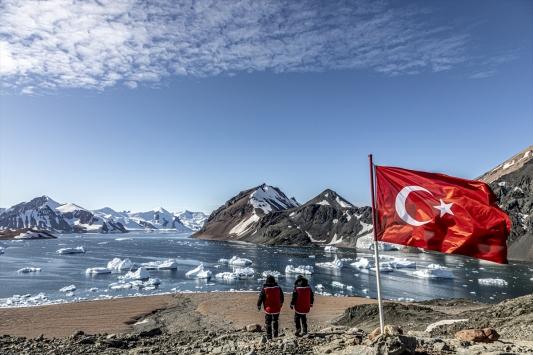 """""""Gezegenin Kara Kutusu:Antarktika belgeseli gün sayıyor"""