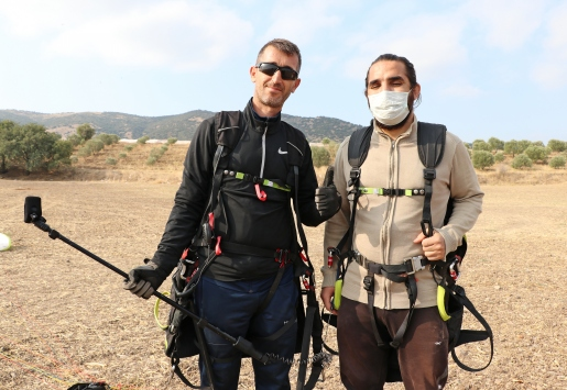 Görme engelli gencin yamaç paraşütü hayali gerçekleşti