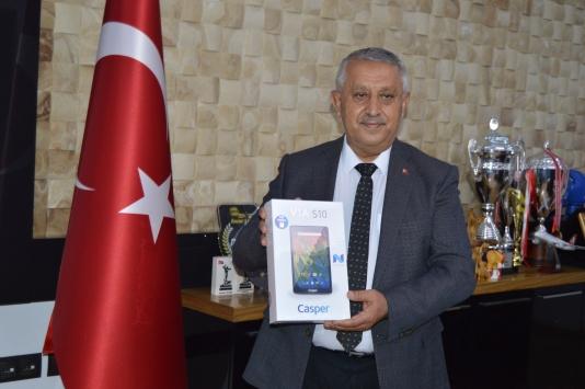 """Afyonkarahisar Belediyesi """"Askıda Tablet ve TV"""" kampanyası başlattı"""