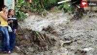 Kolombiya'da Toprak Kayması Korkusu