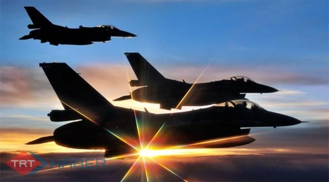 Türk F-16'sına Suriye'den taciz