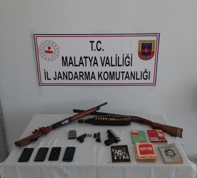 Malatyada sosyal medyadan terör örgütü propagandası yapan 4 şüpheli yakalandı