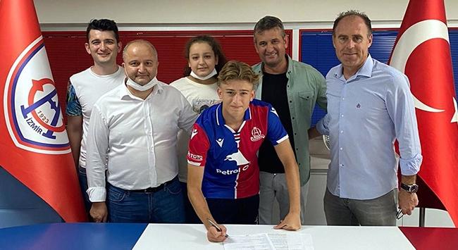 Altınordu genç oyuncusu ile profesyonel sözleşme imzaladı
