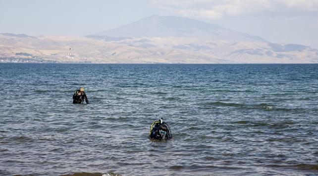 Van Gölünün derinliklerindeki yaşamın izleri araştırılıyor