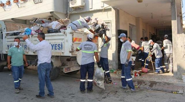 Evden 11 kamyon çöp çıktı