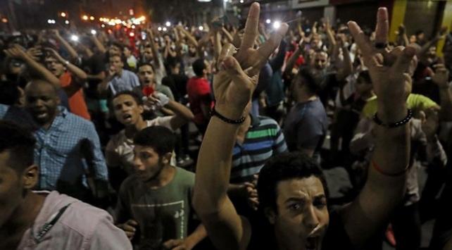 Mısırda Sisi yönetimine karşı protestolar devam ediyor