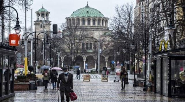 Bulgaristan casusluk suçlamasıyla 2 Rus diplomatı sınır dışı etti