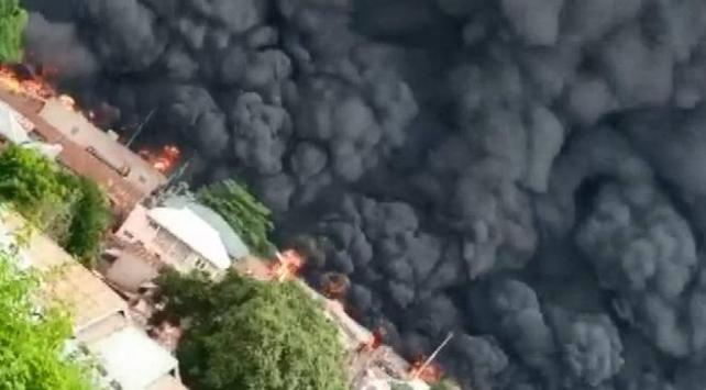 Nijeryada akaryakıt tankeri patladı: En az 23 öldü