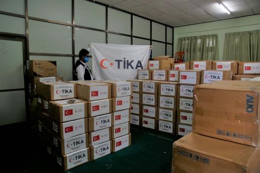 TİKAdan Arakandaki mülteci kamplarına Kovid-19a karşı hijyen malzemesi yardımı