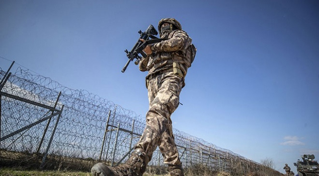 Yunanistana kaçmak isteyen PKKlı terörist yakalandı