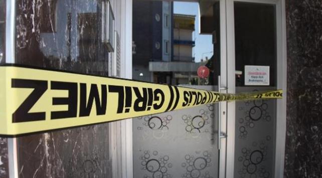 Apartman görevlisi ve eşi COVID-19a yakalandı, 500 kişi karantinaya alındı