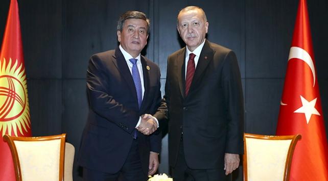 Cumhurbaşkanı Erdoğan, Kırgızistan Cumhurbaşkanı ile telefonda görüştü