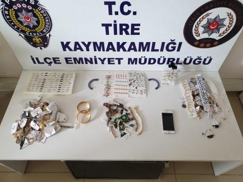 İzmirde bir pastaneciden 300 lira gasbettiği öne sürülen zanlı yakalandı