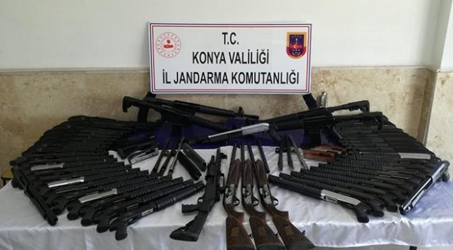 Konyada silah kaçakçılığı operasyonu: 91 av tüfeği ele geçirildi