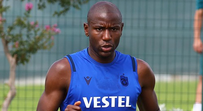 Trabzonsporda Benik Afobe hırsıyla göz dolduruyor