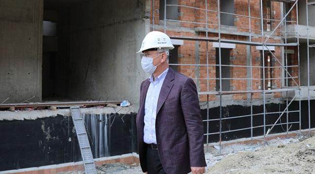 TOKİ Başkanından demir ve çimentoya yapılan zamlara eleştiri