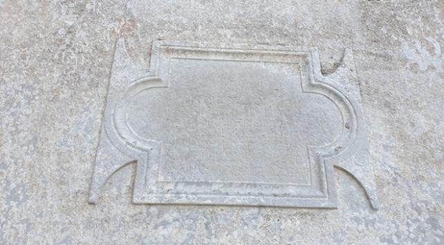 Tarihi Sinop Cezaevi duvarından Roma dönemine ait kitabe çıktı