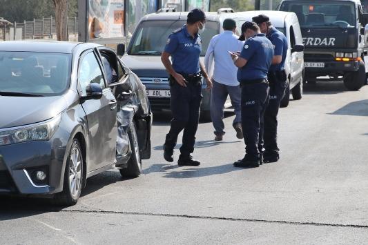 Yunusemre Kaymakamı Kantayın makam aracı kaza yaptı: 2 yaralı