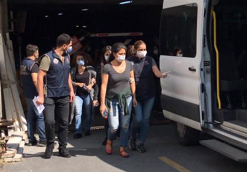 Kobani eylemlerine ilişkin soruşturma kapsamında İstanbulda 9 kişi gözaltına alındı