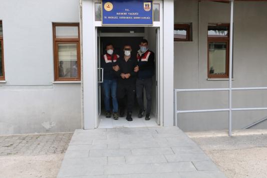Bayburtta cinayetten aranan zanlı Trabzonda yakalandı