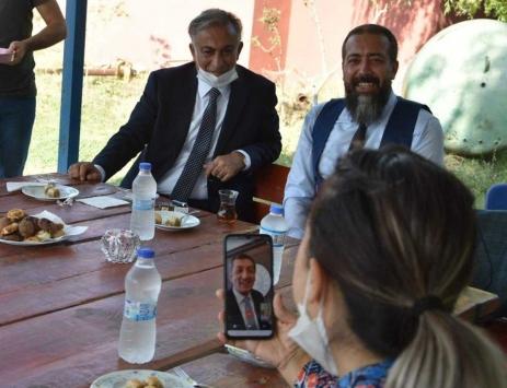 Milli Eğitim Bakanı Selçuk, Iğdırdaki köy öğretmenleriyle telefonda görüntülü görüştü