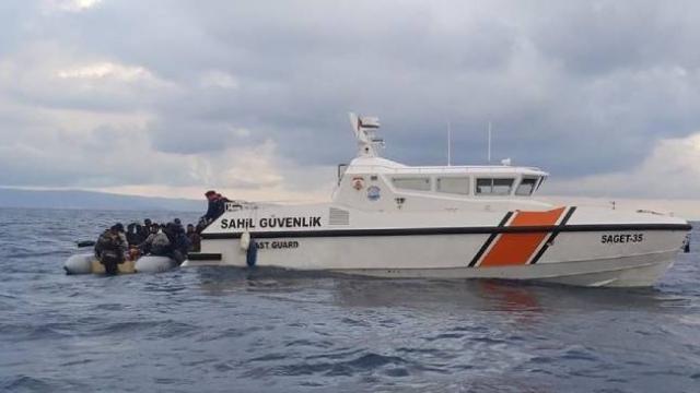 Türk Sahil Güvenliği'nin göçmenleri kurtarma operasyonu dünya basınında