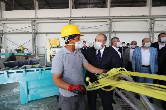Sanayi ve Teknoloji Bakanı Varank, Licede mermer fabrikasının açılışını yaptı