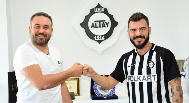 Altay, Yekta Kurtuluş ve Adrien Regattini transfer etti