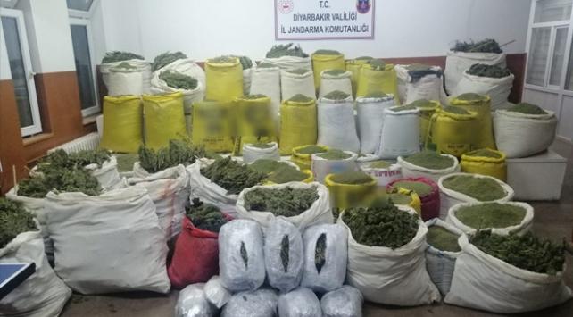 Diyarbakırda 1,7 ton uyuşturucu ele geçirildi