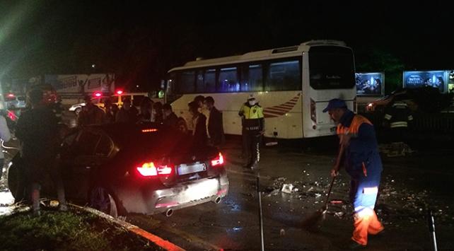 Erzurumda zincirleme trafik kazası: 7 yaralı