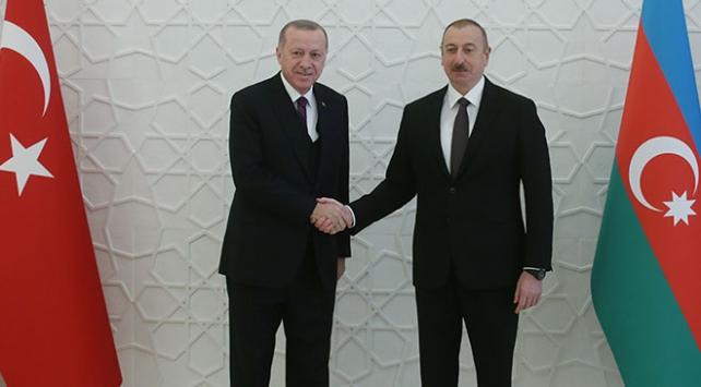 Cumhurbaşkanı Erdoğan: Türk Milleti imkanlarıyla Azerbaycanlı kardeşlerinin yanında