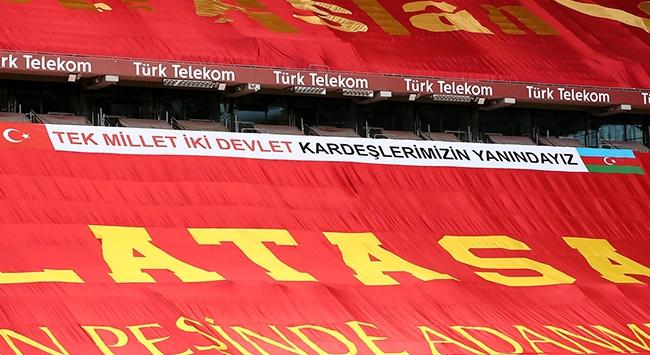 Galatasaraydan Azerbaycana destek pankartı