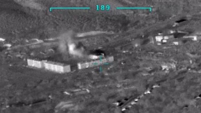 Azerbaycan, Ermenistan'a ait bir mühimmat deposunu vurdu