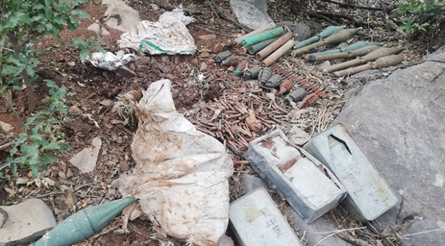 Irakın kuzeyinde teröristlerce kullanılan malzemeler ele geçirildi