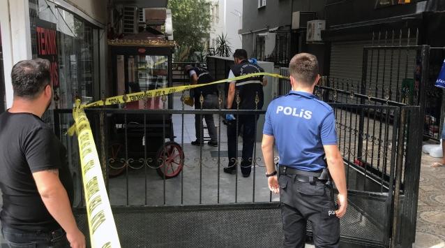 İzmirde silahlı kavga: 1 yaralı