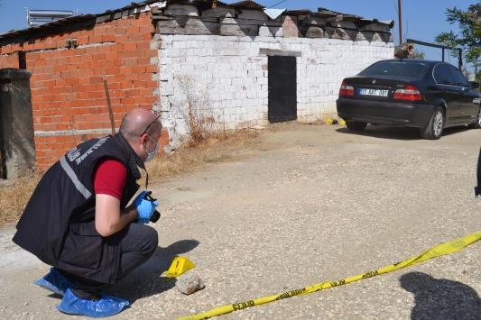 Bilecikte aracından indikten sonra silahlı saldırıya uğrayan kişi ağır yaralandı