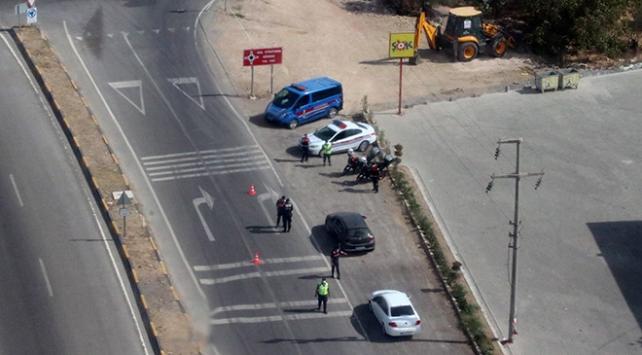 İzmirde helikopter destekli trafik denetimi